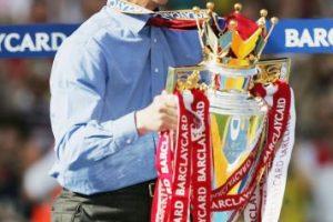 14.-Arsene Wenger (19 títulos): Comenzó su carrera como técnico en el Nancy-Loraine, pero en Mónaco tuvo su primer éxito al ganar la Ligue 1 y una Copa de Francia. El francés es reconocido como el eterno técnico de Arsenal y pese a que no gana una Premier League hace doce años, suma tres Premier League, seis FA Cup y seis Community Shield. Foto:Getty Images. Imagen Por: