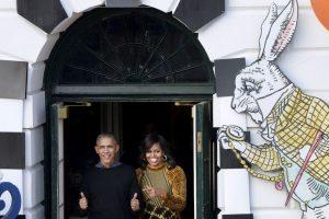 La pareja presidencial regaló dulces a los niños. Imagen Por: