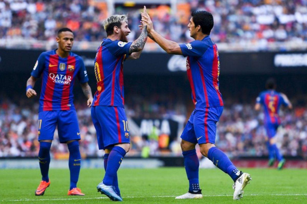 Luis Suárez tampoco tiene lo trigos más limpios. Foto:Getty Images. Imagen Por: