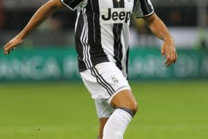 Sami Khedira. El ex del Real Madrid se ha ganado la titularidad en Juventus Foto:Getty Images. Imagen Por: