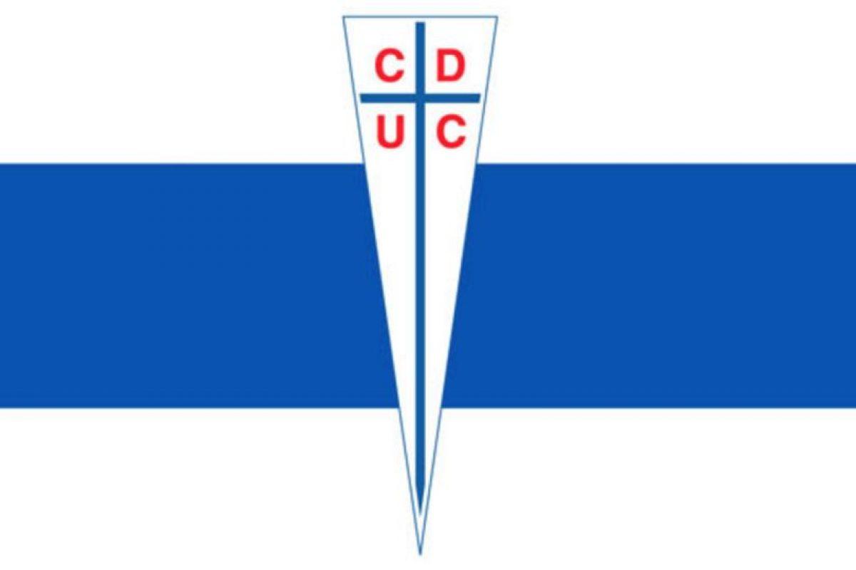 Universidad Católica. 'Cruzados'. Se debe a la enorme cruz de su escudo. La mayoría de los fundadores estudiaban en la Pontifica Universidad Católica. Imagen Por: