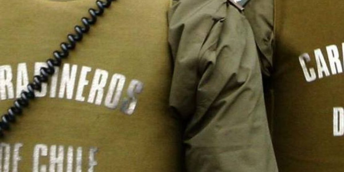 La Pintana: tres carabineros detenidos por hurto tras esconder dinero de procedimiento