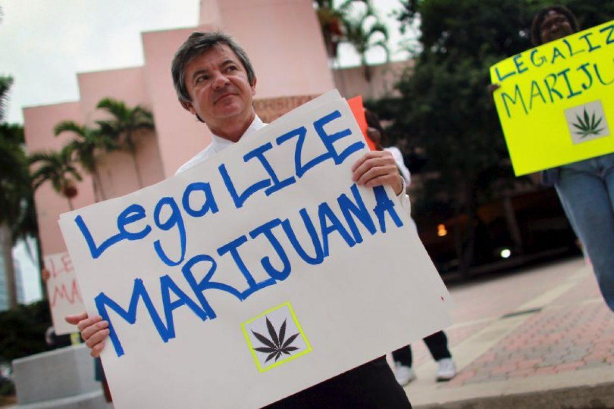 A pesar de esto, aún existe venta ilegal de marihuana Foto:Getty Images. Imagen Por: