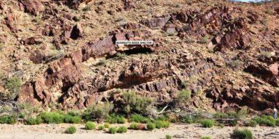 Quería ir al baño, se ocultó en una cueva y halló ruinas de 49 mil años