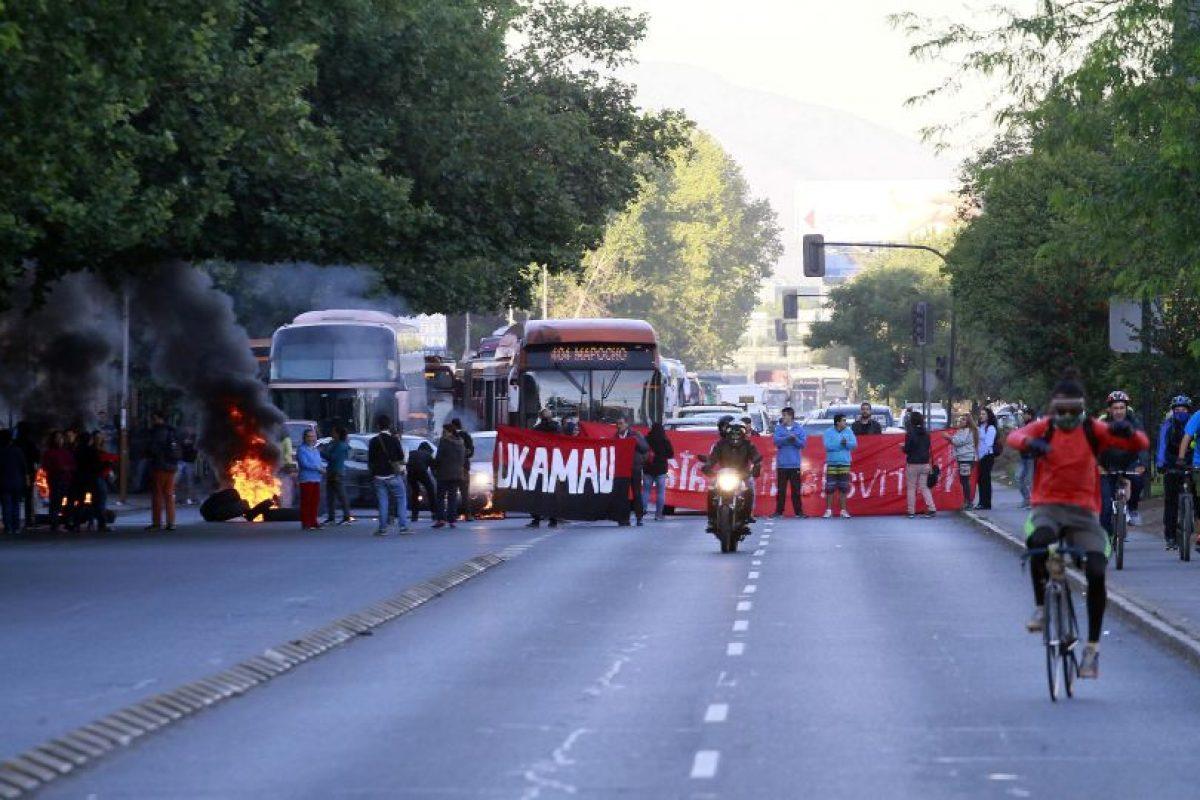 Se han reportado manifestaciones en Arica, Viña del Mar, Valparaíso, Copiapó, San Felipe, Concepción, Talcahuano, Temuco, Valdivia, Puerto Montt, entre otras ciudades. Foto:Agencia UNO. Imagen Por: