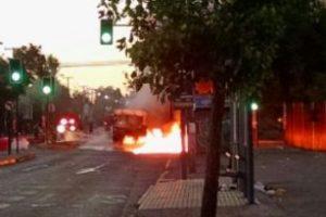 La Unidad Operativa de Control de Tránsito (UOCT) ha reportado a través de las redes sociales de incidentes en las comunas de Santiago Centro, La Cisterna, Estación Central, Cerrillos, Ñuñoa y Conchalí. Foto:Reproducción Twitter. Imagen Por: