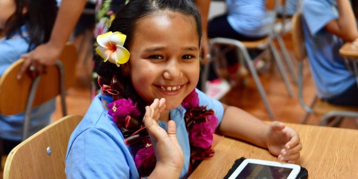Lanzan proyecto digital para preservar la lengua Rapa Nui en estudiantes
