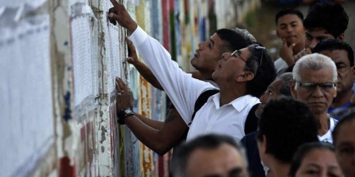 Nicaragüenses acuden a votar con Ortega como favorito a la reelección
