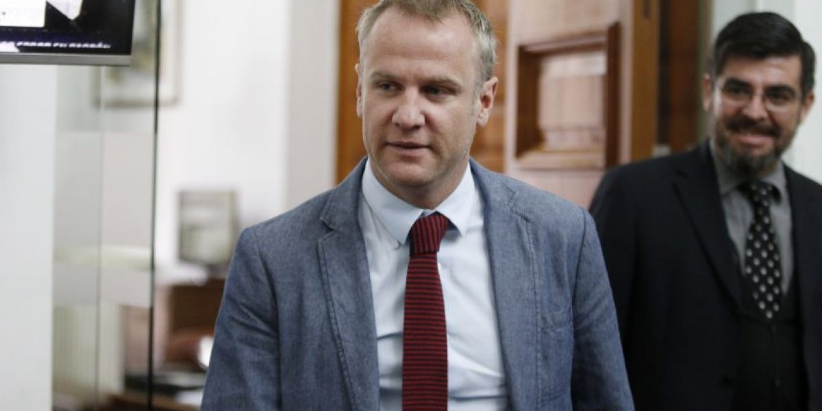 Felipe Kast se suma a la primaria presidencial de Chile Vamos