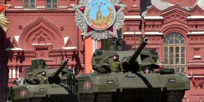"""Inteligencia británica califica de """"revolucionario"""" al nuevo tanque ruso"""