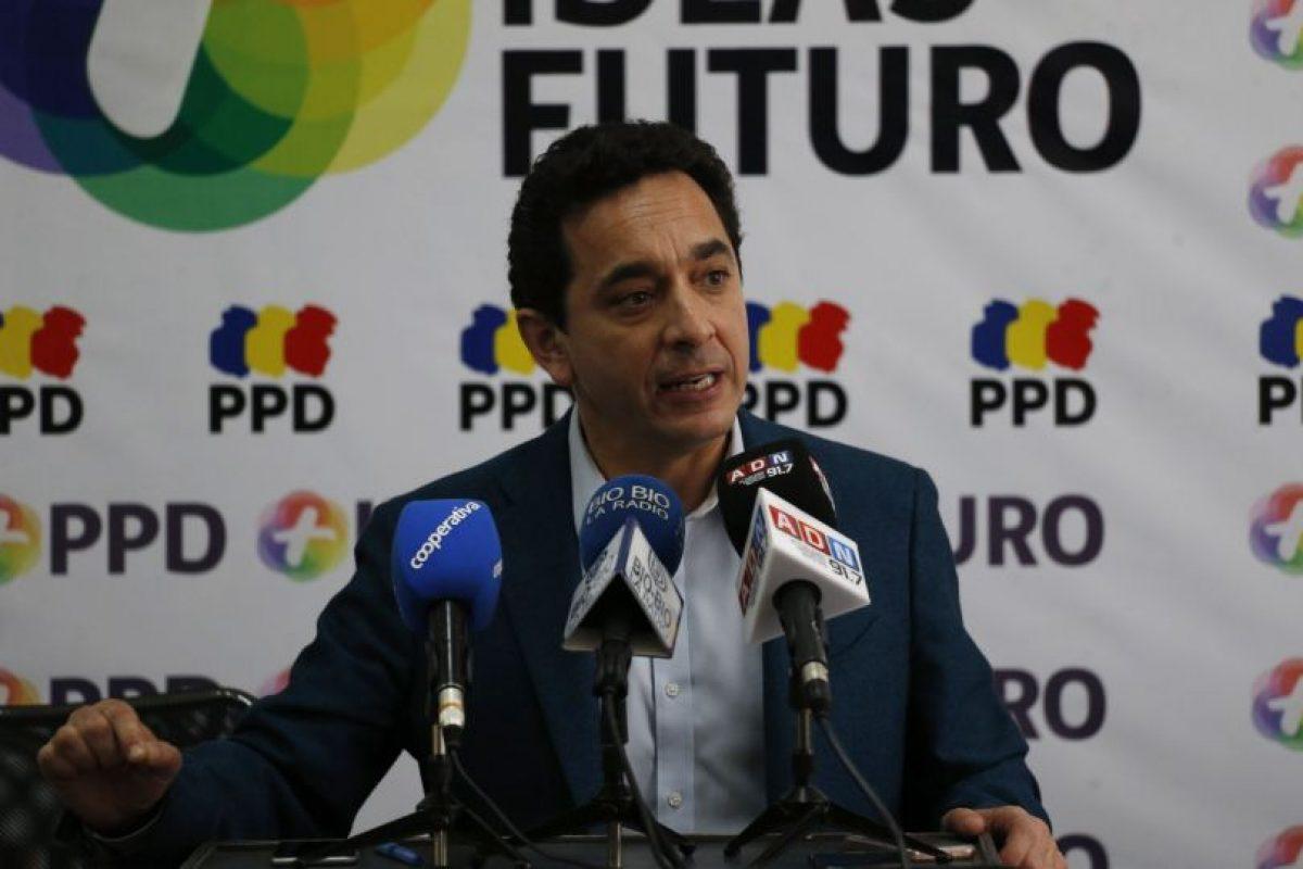 Por su parte, el diputado Núñez hizo un llamado al Gobierno a cumplir con la aprobación de esta ley, ya que era parte del programa. Foto:Agencia UNO. Imagen Por:
