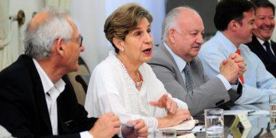 Comité político sostendrá nueva reunión en La Moneda esta noche por reajuste del sector público