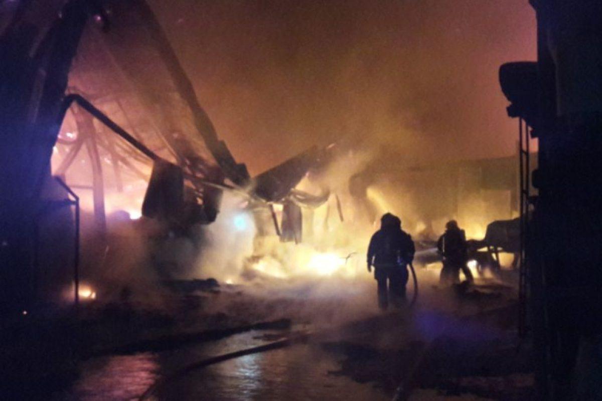 La totalidad de las personas del sector Puerto Chacabuco fueron evacuadas de forma preventiva hacia la comuna de Puerto Aysén, pese a que las llamas se encuentran controladas. Foto:Twitter @primeraysen. Imagen Por: