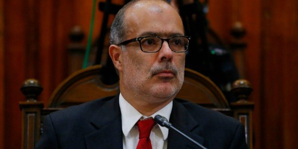 Ministro de Hacienda insiste en que la economía