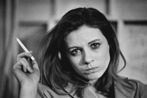 El cigarro es una de las industrias con más ingresos en el mundo. Por ello se ha usado muchos medios para promocionarlo, incluido el cine. Foto:Getty Images. Imagen Por: