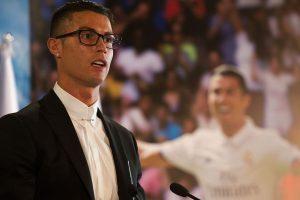 Cristiano Ronaldo extendió su vínculo con Real Madrid hasta 2021 Foto:Getty Images. Imagen Por: