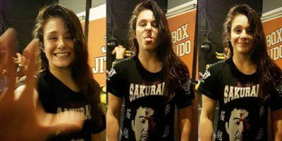 Peleadora de UFC sorprende al desnudarse en la báscula