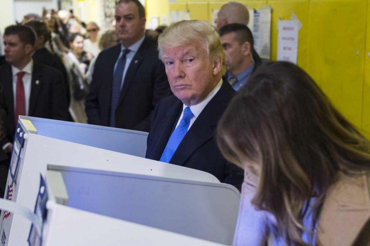 El momento en que Donald Trump emitió su voto Foto:AFP. Imagen Por: