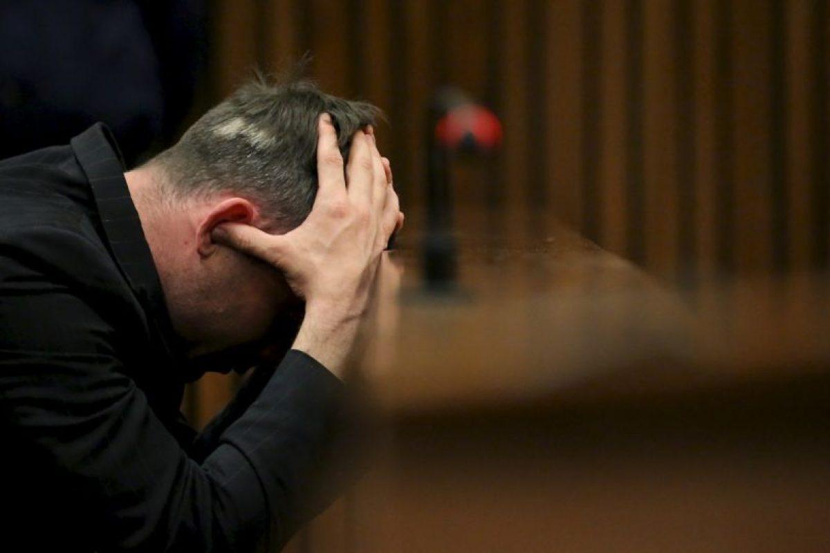 Oscar Pistorius: Fue condenado en julio de 2016 a seis años de cárcel, condena que está cumpliendo. Foto:Getty Images. Imagen Por: