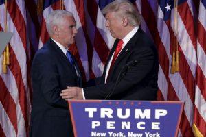 Estuvo acompañado de Mike Pence, su familia e integrantes de la campaña Foto:AP. Imagen Por: