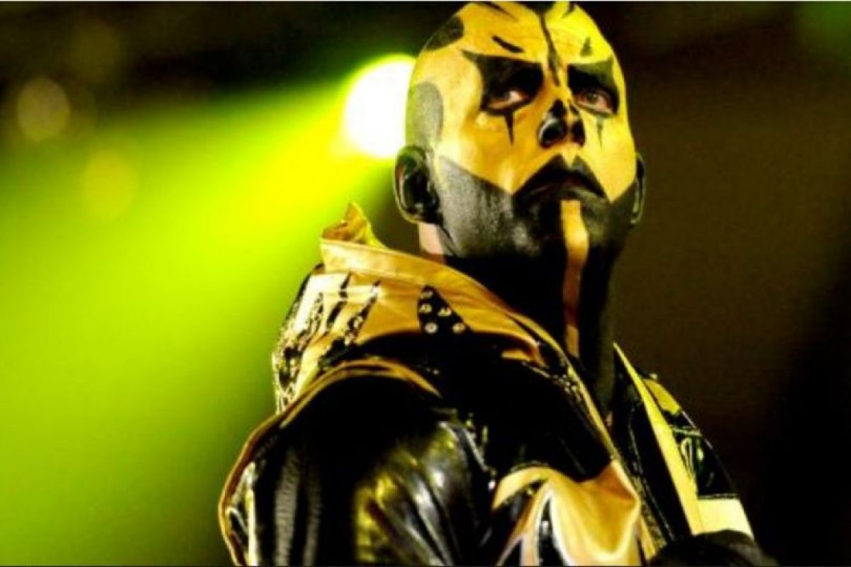 Así luce Goldust con maquillaje Foto:WWE. Imagen Por: