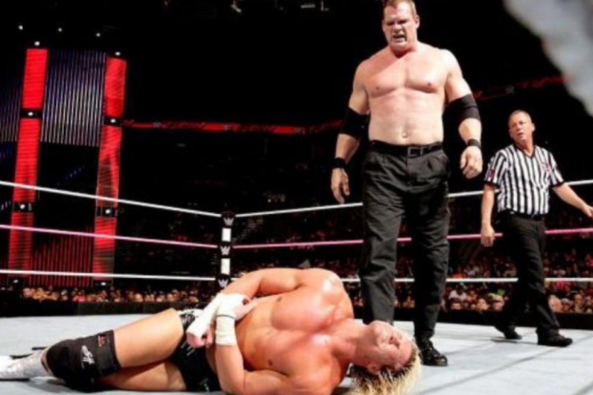 El Kane corporativo Foto:WWE. Imagen Por: