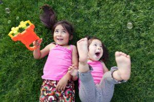 Los niños en Chile pasan pocas horas al aire libre según Unicef. en un ranking de 10 países seleccionados, nuestros niños son los que más horas pasan encerrados. Foto:Getty. Imagen Por: