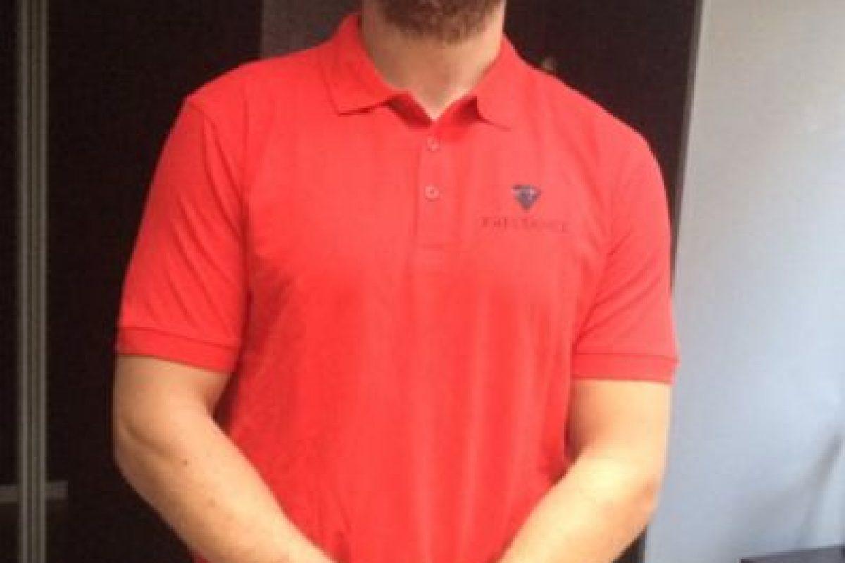 Jugador de rugby ofrece sus servicios en sitio web Foto:Twitter. Imagen Por: