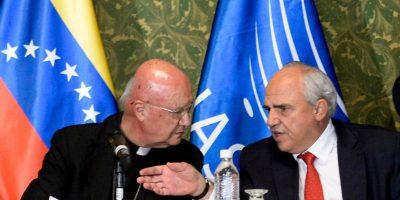 Venezuela: enviado del Papa consigue compromiso de paz entre chavismo y oposición