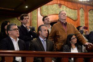 El delegado del Gobierno, Elías Jaua; el gobernador de Aragua, Tarek El Aissami; el embajador venezolano ante la OEA, Roy Chaderton, y la canciller Delcy Rodríguez estuvieron presentes en las pláticas. Foto:AFP. Imagen Por: