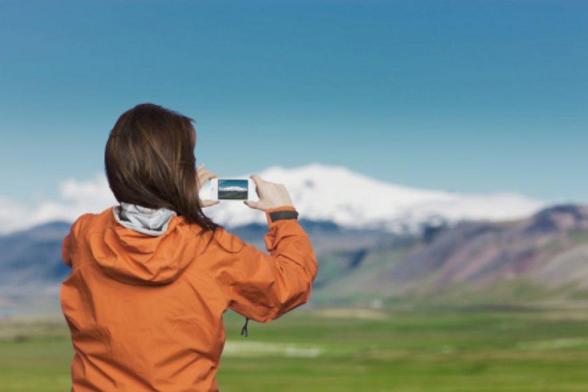 Hoy los celulares han reemplazado a las cámaras durante las vacaciones. Los smartphones son el accesorio preferido a la hora de inmortalizar los recuerdos. Foto:Getty. Imagen Por: