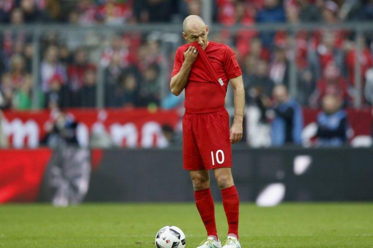 Arjen Robben (puntero por derecha) Foto:Getty Images. Imagen Por: