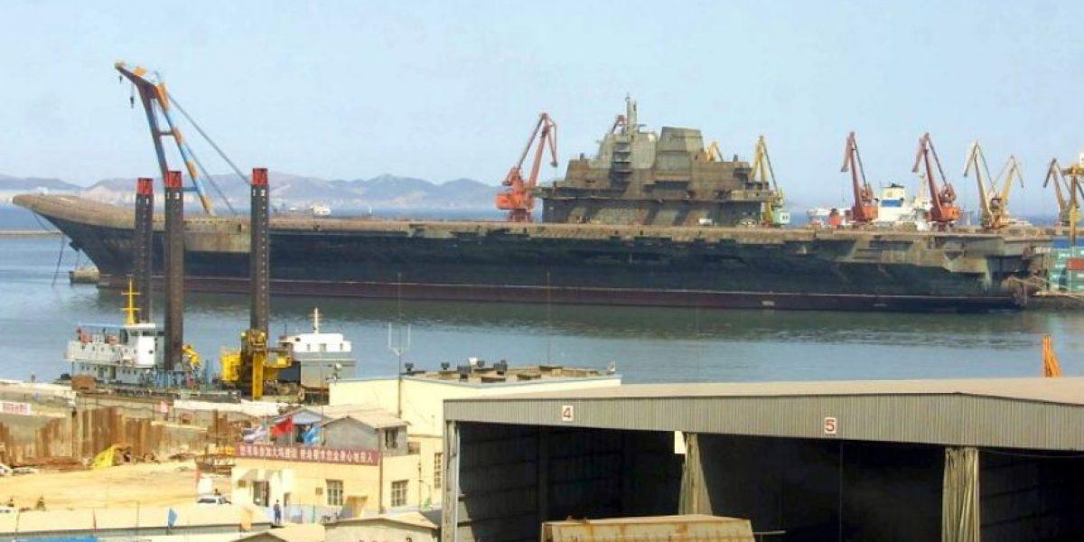 """El portaaviones chino gemelo del """"Almirante Kuznetsov"""" ruso """"está listo para luchar"""""""