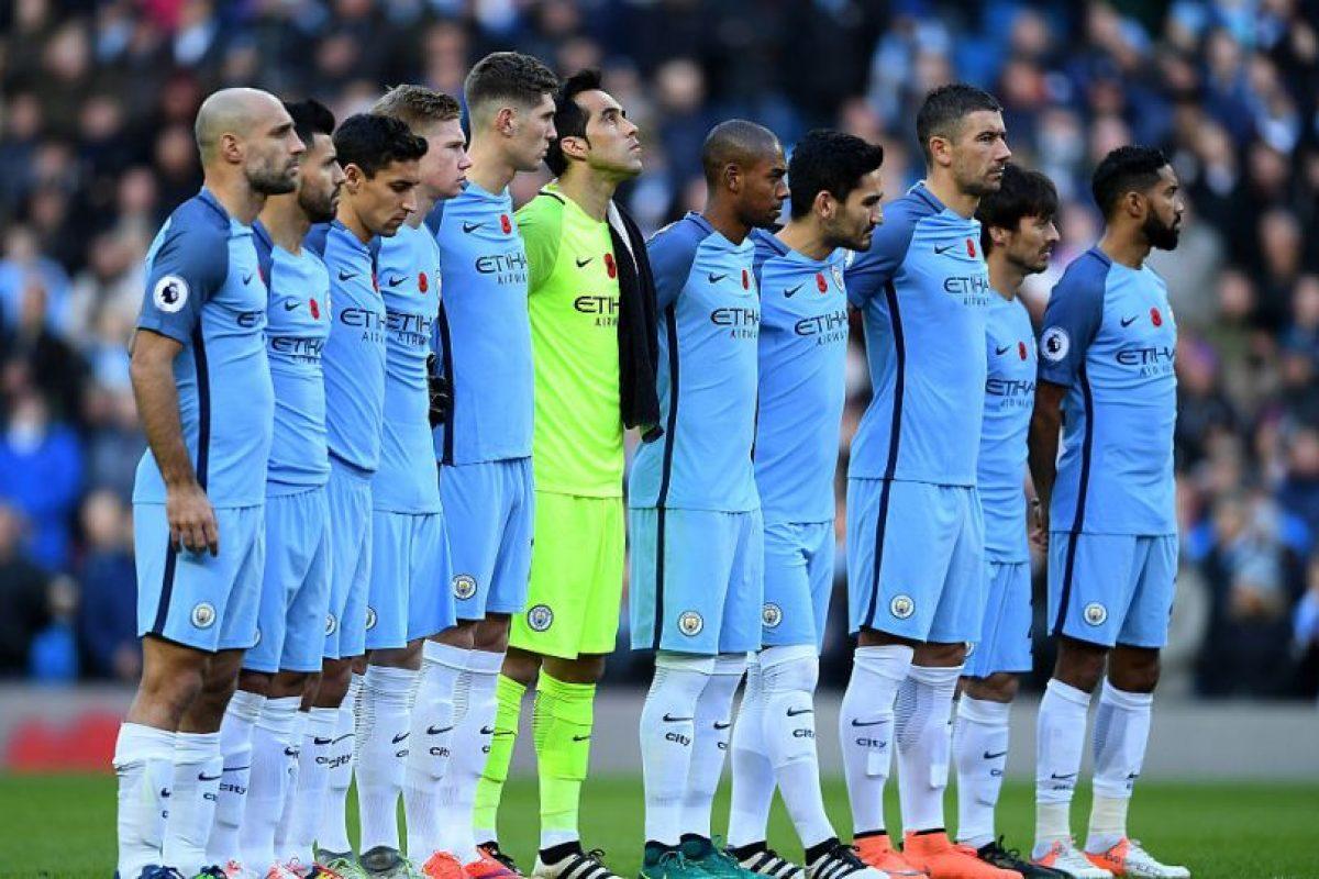 9.- Manchester City (Premier League) – 7,158,462 millones de dólares de sueldo anual en promedio Foto:Getty Images. Imagen Por: