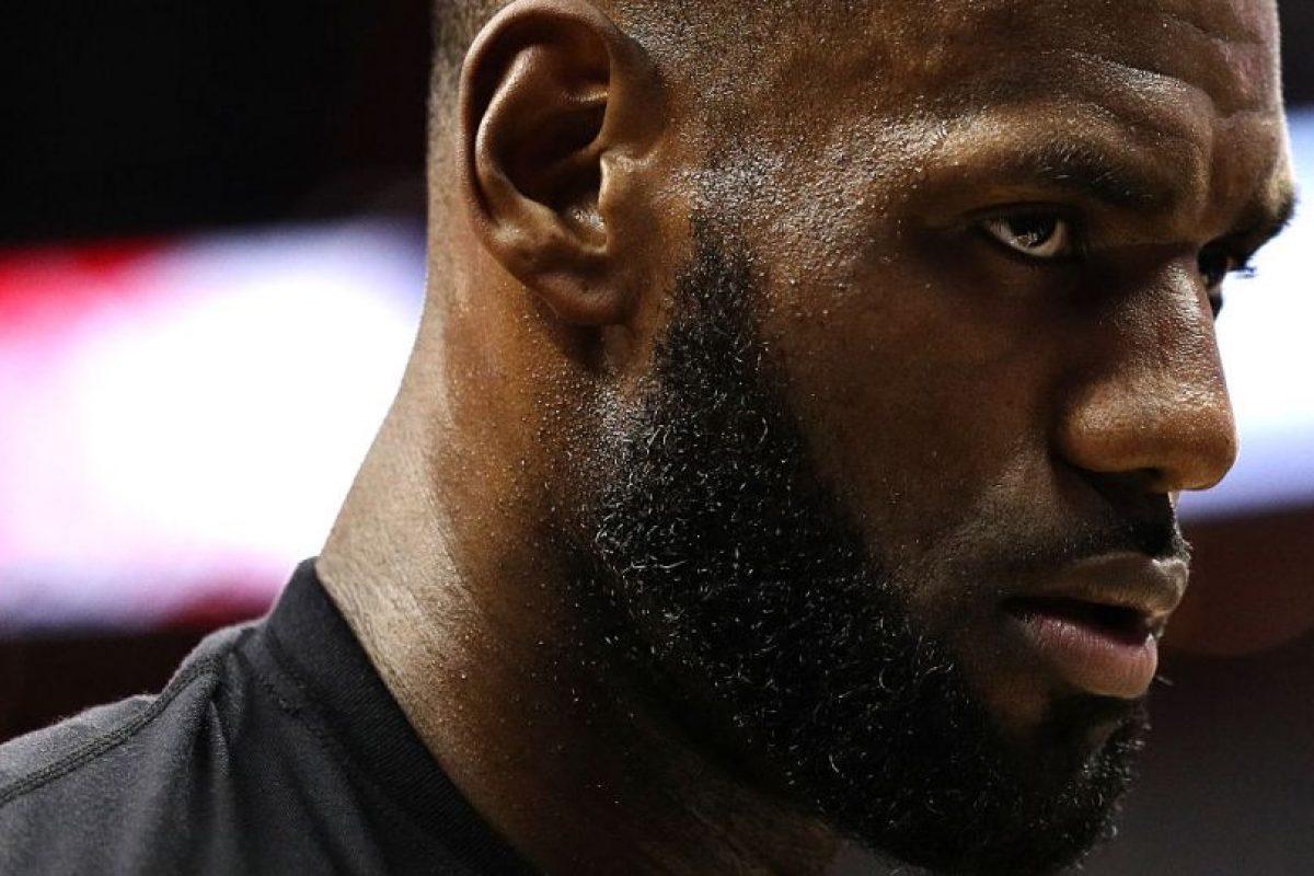 1.- Cleveland Cavaliers (NBA) – 8,652,920 millones de dólares de sueldo anual en promedio Foto:Getty Images. Imagen Por: