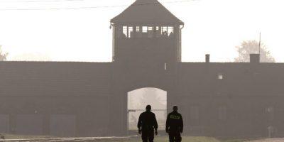 """El tiempo vuelve a la """"vida"""" objetos olvidados del campo de concentración de Auschwitz"""