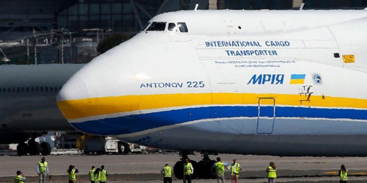 Así fue la llegada a Chile del avión más grande del mundo