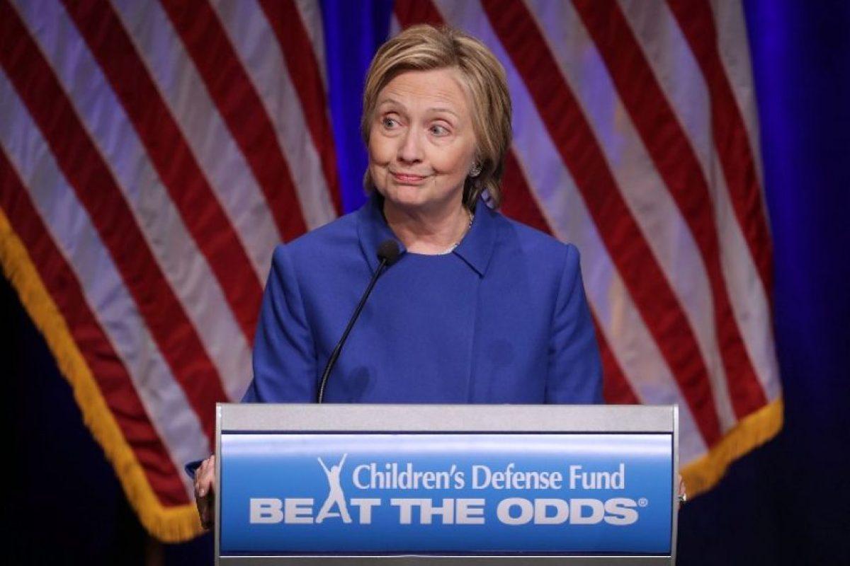 Clinton participó en una gala del Children's Defense Fund (Fondo de Defensa Infantil), algo que le resultó difícil de hacer, según admitió. Foto:Afp. Imagen Por: