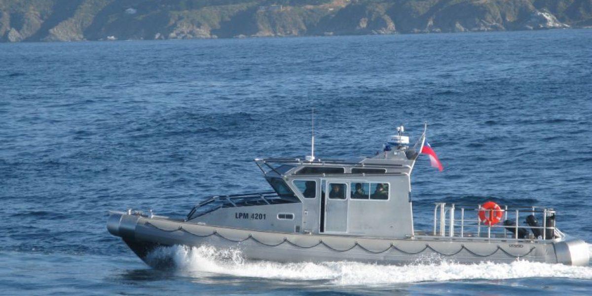 Armada realiza intenso operativo de búsqueda de dos personas en Juan Fernández