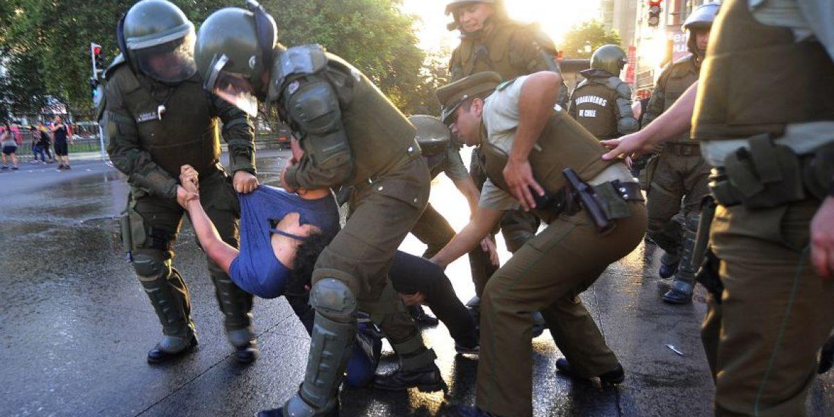 Con tres detenidos terminó marcha de estudiantes y funcionarios de la Arcis