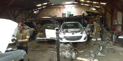 Desarticulan taller dedicado a desarmar vehículos robados: piezas eran vendidas en 10 de julio