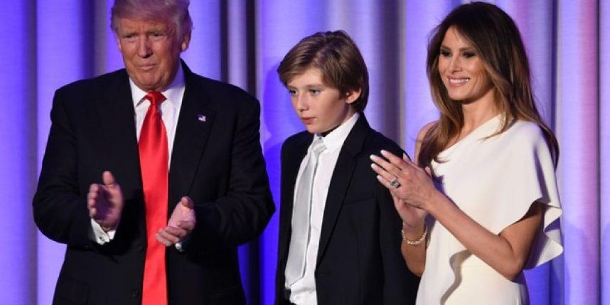 La enigmática fotografía familiar de Donald Trump que tiene de cabeza a las redes sociales
