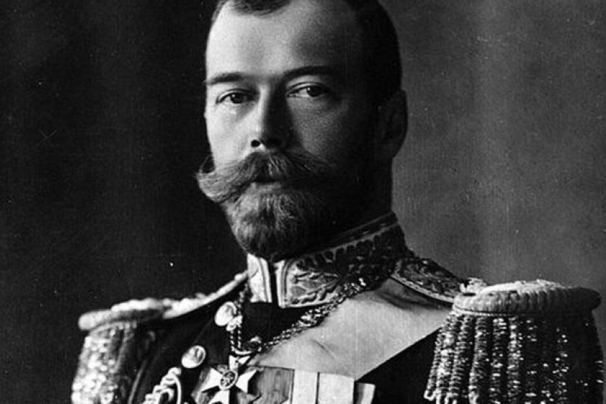 El zar Nicolás II fue asesinado junto a su familia en plena revolución bolchevique.. Imagen Por: