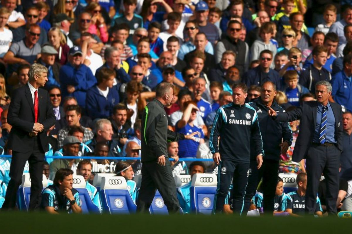 Mourinho no dejó pasar su conferencia de prensa y le mandó un recado a Arsene Wenger Foto:Getty Images. Imagen Por: