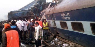 Accidente ferroviario en India deja más de 100 víctimas fatales