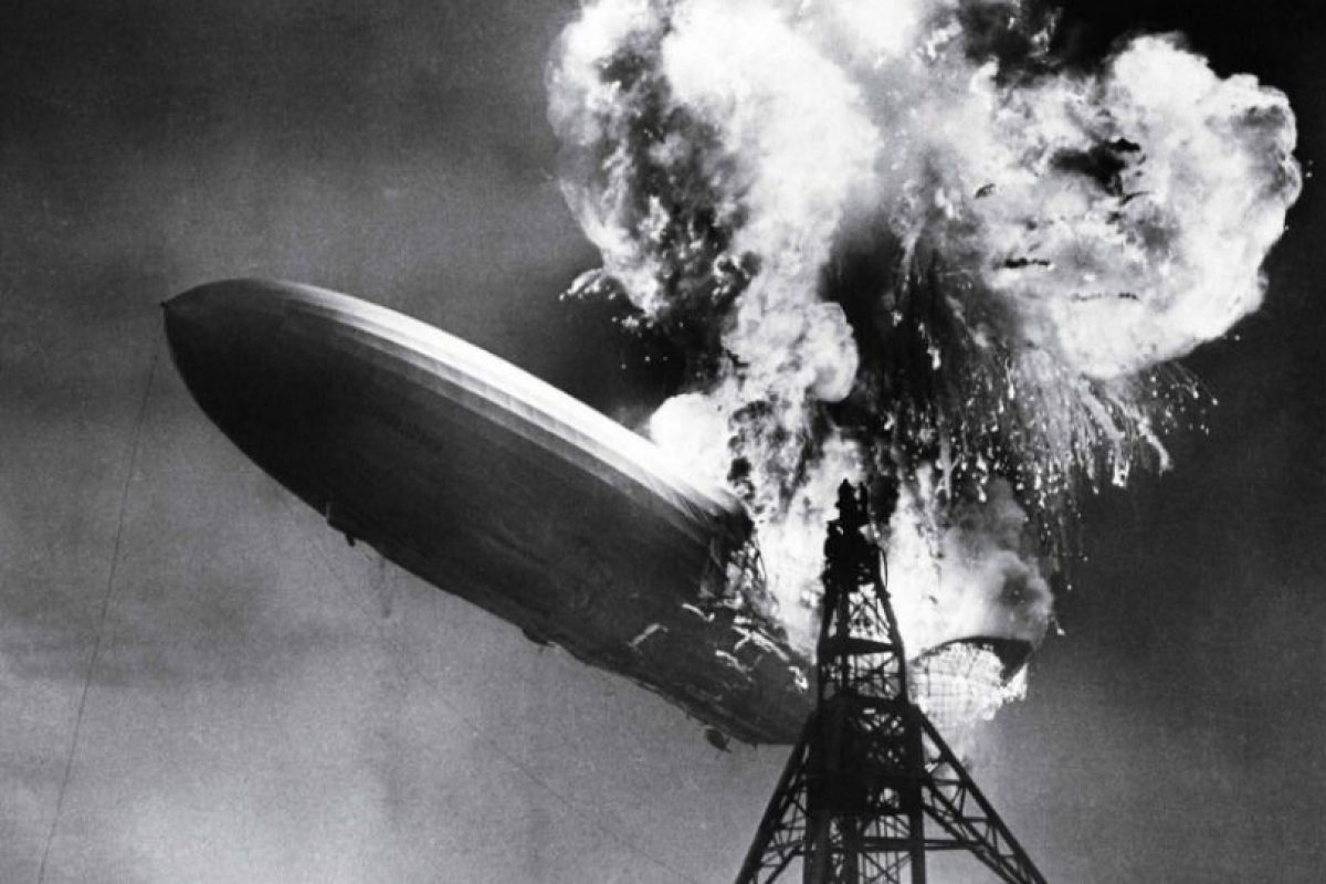 "Foto: ""The Hindenburg Disaster"". Sam Shere (1937). Imagen Por:"
