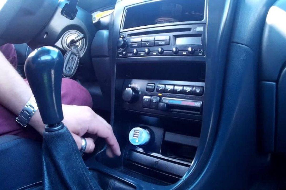 Si vas a salir de viaje, no te quedes sin batería. Un cargador USB para auto puede ser tu mejor copiloto. Foto:Captura. Imagen Por: