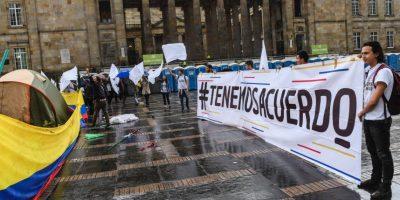Jefes de FARC llegan a Bogotá para preparar firma de nuevo acuerdo de paz