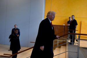 """En una visita al diario """"The New York Times"""" el presidente electo de EEUU afirmó que """"desautorizo y condeno"""" al movimiento autodenominado 'alt-right', que reúne a la nueva ultraderecha y es el centro de una nueva polémica. Foto:Afp. Imagen Por:"""