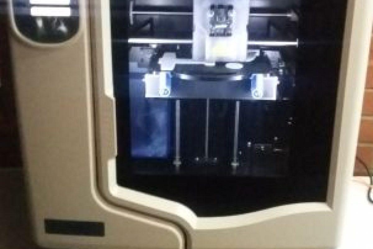 """Estas prótesis son realizadas gracias a máquinas especiales que permiten su """"impresión"""". Foto:Gentileza Fundación Teletón. Imagen Por:"""